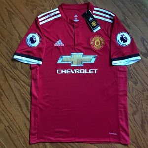 NWT Manchester United 17/18 Alexis Sanchez Jersey
